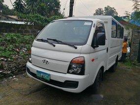 Sell White 2013 Hyundai H-100 Manual Diesel at 68000 km