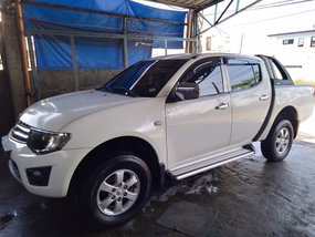 White 2011 Mitsubishi Strada Manual Diesel for sale