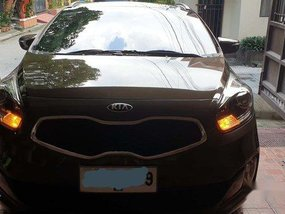 Brown Kia Carens 2014 Automatic Diesel for sale