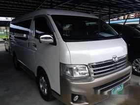 White Toyota Hiace 2013 at 59536 km for sale