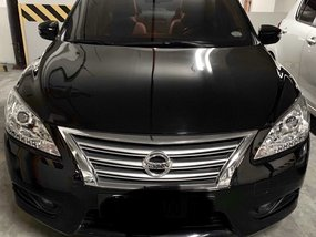 Selling Black Nissan Sylphy 2018 at 17000 km