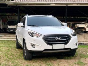 White Hyundai Tucson 2015 for sale in Manila