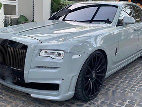 Selling Rolls-Royce Ghost 2016 at 19000 km
