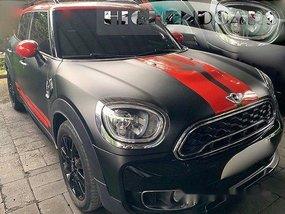 Selling Black Mini Countryman 2017 Automatic Gasoline