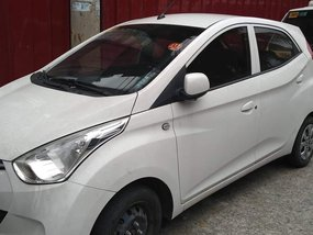 Selling White Hyundai Eon 2016 Manual at 39000 km