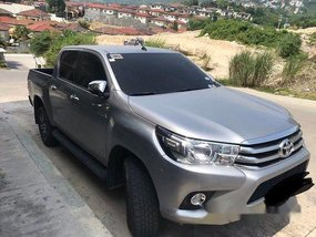 Selling Silver Toyota Hilux 2016 at 18300 km