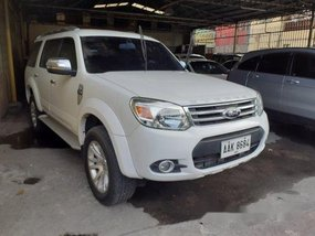 White Ford Everest 2014 at 88000 km for sale