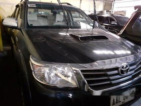 Selling Black Toyota Hilux 2014 Automatic Diesel