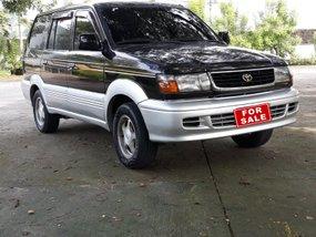 Selling Black Toyota Revo 2000 Automatic Gasoline in Pampanga