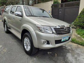 Selling Toyota Hilux 2012 Manual Diesel
