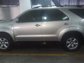 Selling Toyota Fortuner 2011 Automatic Gasoline