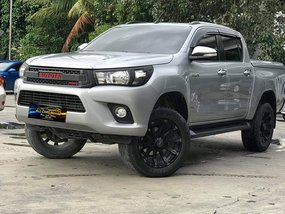Sell 2nd Hand 2016 Toyota Hilux Automatic in Makati