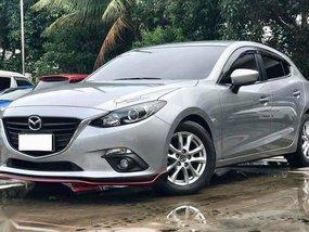 Selling 2016 Mazda 3 Hatchback in Manila