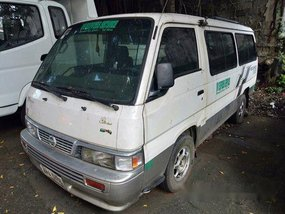 White Nissan Urvan 2015 Manual Diesel for sale