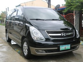 Sell 2010 Hyundai Grand Starex in Bacoor