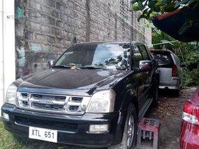 Sell Black Isuzu D-Max 2005 Truck in Angeles