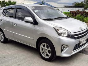 Selling Silver Toyota Wigo 2015 Automatic at 30000 km
