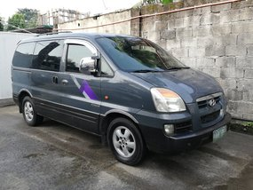 Selling 2nd Hand Hyundai Starex 2004 Van at 102000 km