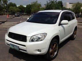 White 2007 Toyota Rav4 at 120000 km for sale