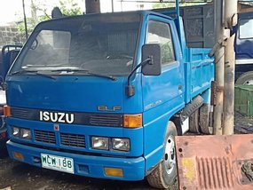 Blue 2000 Isuzu Elf Truck Manual Diesel for sale