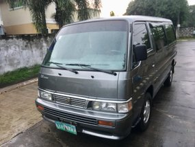 Selling 2nd Hand Nissan Urvan 2009 Van in Cabuyao