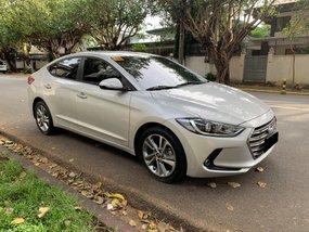 Sell Used 2016 Hyundai Elantra Sedan at 25000 km