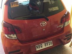 Selling Orange Toyota Wigo 2019 Automatic Gasoline at 7000 km