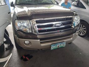 Selling Ford Expedition 2008 at 55000 km