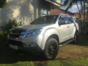 Used 2017 Isuzu Mu-X for sale in Cebu City