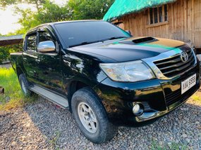 Black 2014 Toyota Hilux Manual Diesel for sale