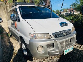 White 2002 Hyundai Starex Manual Diesel for sale