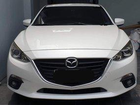 Pearlwhite Mazda 3 2014 for sale in Muntinlupa