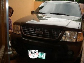 Selling Ford Explorer 2006 at 98000 km