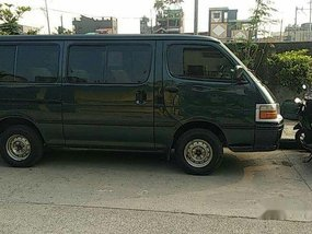 Green Toyota Hiace 2000 Manual Diesel for sale
