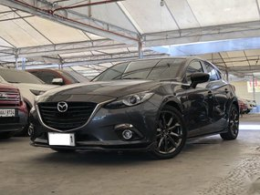 Selling Mazda 3 2015 Hatchback in Makati