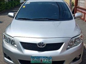 Silver Toyota Corolla Altis 2009 Automatic Gasoline for sale