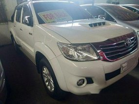 Selling White Toyota Hilux 2014 Automatic Diesel
