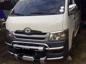White Toyota Hiace 2010 Manual Diesel for sale