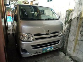 Used Toyota Hiace 2013 for sale in Manila