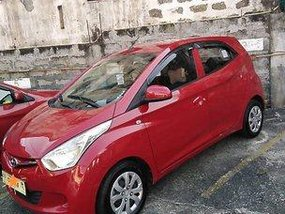Red Hyundai Eon 2017 at 16000 km for sale