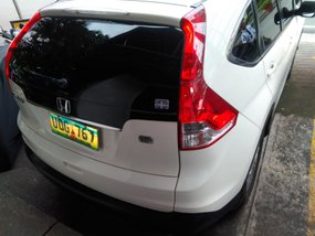 Selling White Honda Cr-V 2012 at 70000 km in Makati
