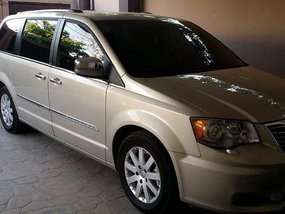 Used Chrysler Town And Country 2012 for sale in Manila
