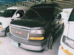 Selling Black Gmc Savana 2011 in Quezon City