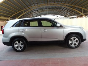 Used Kia Sorento LX 2014 for sale in Quezon City