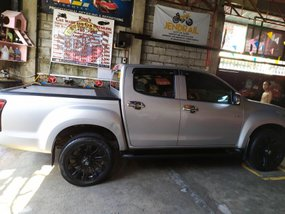 Used ISUZU DMAX NEGOTIABLE 2015 for sale in Manila