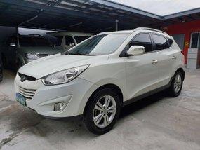 White Hyundai Tucson 2012 Acquired GLS Automatic