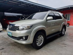 Selling Beige Toyota Fortuner 2012 G Gas Automatic in Las Pinas