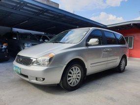 Selling 2nd Hand Kia Carnival 2012 Automatic Diesel in Metro Manila