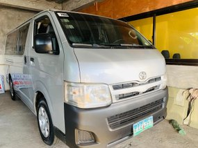 2011 Toyota Hi Ace Commuter Manual Diesel for sale in Santiago