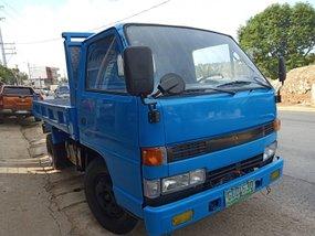 Selling 2nd Hand Isuzu Elf 2000 Truck in Quezon City